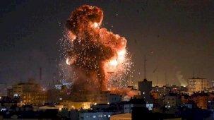 İsrail Bu Kez Havadan Saldırdı : 9'u çocuk 21 kişi hayatını yitirdi