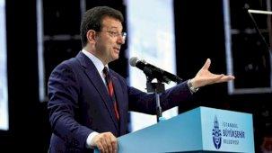 İBB'nin organizasyonunda Akşener'in yakasındaki rozet dikkat çekti
