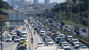 İstanbul'lular Haftanın İlk İş Gününe Trafik Yoğunluğu İle Başladı