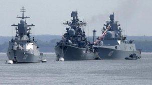 Karadeniz'de sıcak dakikalar! Rusya, İngiliz savaş gemisine uyarı ateşi açtı