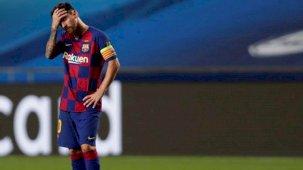 Barcelona'da bir devrin sonu! Yeni sözleşmeyi imzalamayan Messi takımdan ayrılıyor