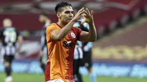 Galatasaray'da Radamel Falcao'ya ABD, Katar ve Meksika'dan teklifler geldi