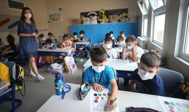 Bilim Kurulu Kararı'nda flaş açıklama Okullar yeniden mi kapanıyor?